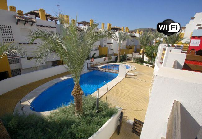 Ferienwohnung in Vera playa - Lomas del Mar - WiFi, privater Garten, beheiztes Hallenbad
