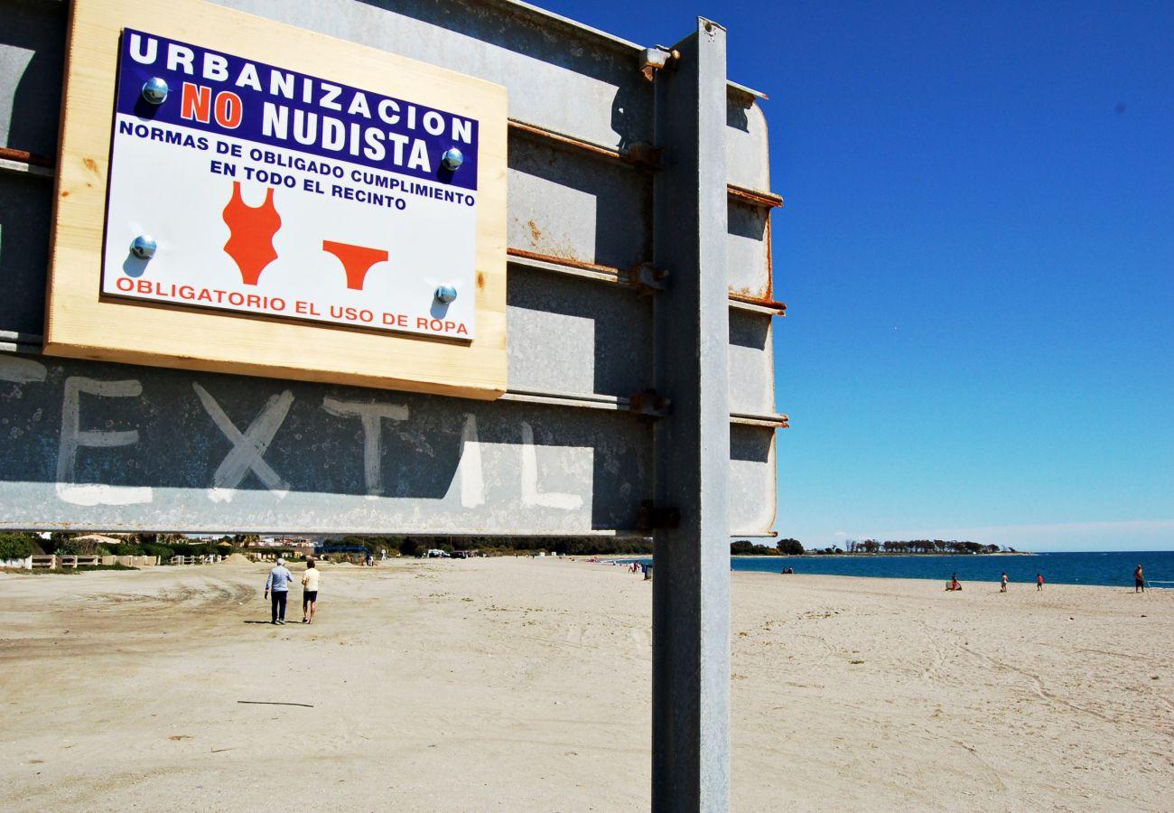 Ferienwohnung in Vera playa - Paraíso de Vera Penthouse- 350M Strand, WiFi & Solarium