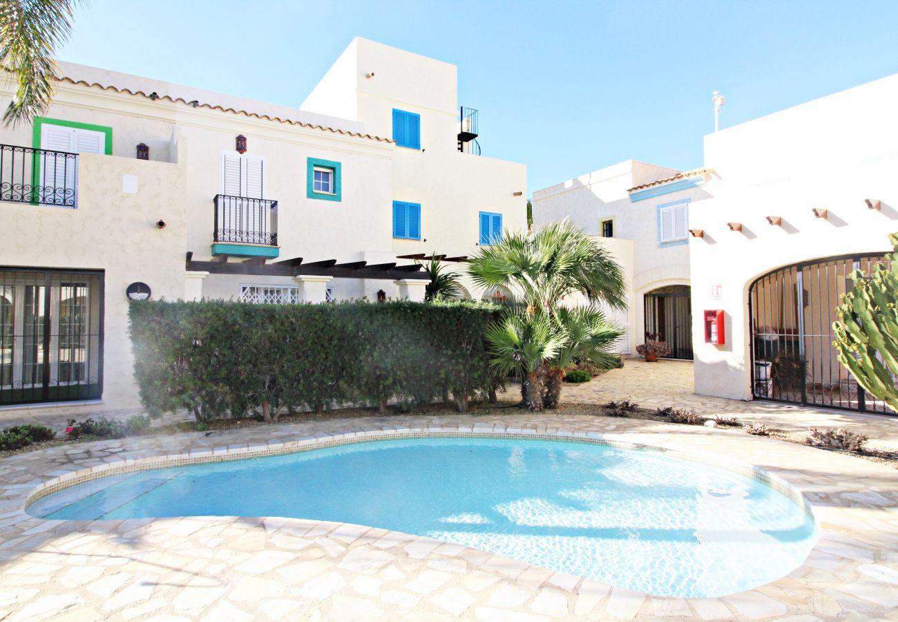 Stadthaus in Vera playa - Las Casitas I - 150m vom Strand, WiFi, Solarium